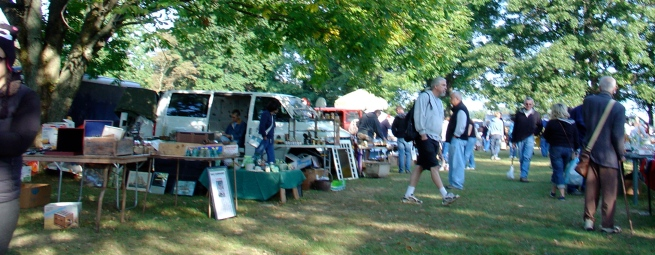 A beautiful morning for a flea market!